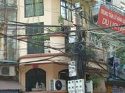 funktionierende Elektroinstallation in Hanoi