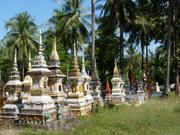 Grabmäler nahe Vientiane